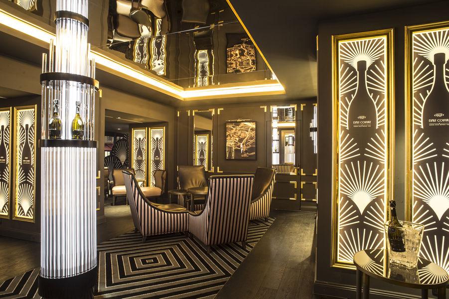 Hilton Paris Opéra **** Bubble Suite - Bar à champagne