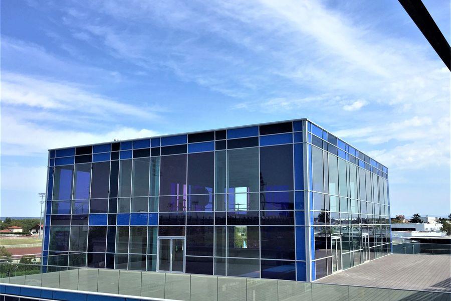 Le Pavillon de la Soie Structure entièrement vitrée