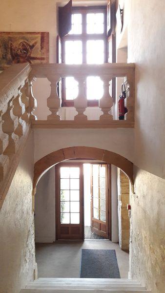 Le Domaine Du Gouverneur **** escalier du château