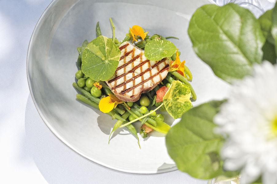 Le Saint-Christophe *** Thon grillé et légumes verts croquants