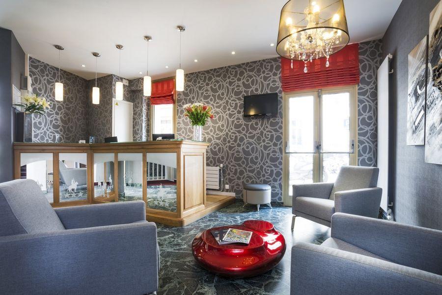 Hôtel Charlemagne *** Réception
