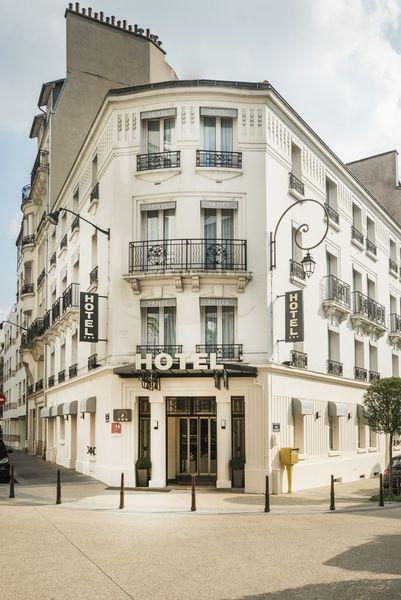 Hôtel Charlemagne *** Façade