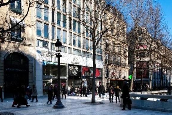 """Eciffice Champs-Elysées La galerie """"66"""" sur les Champs-Elysées"""