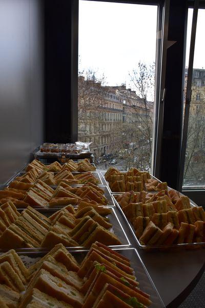 Eciffice Champs-Elysées Espace détente 4ème étage - Buffet sandwiches