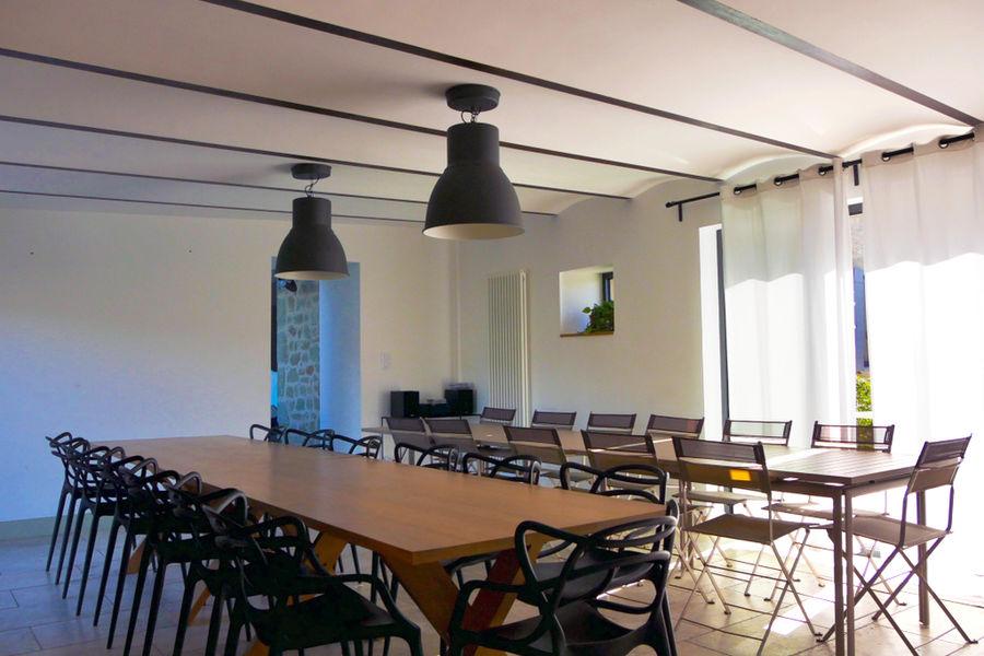 La Ferme du Rastel Cuisine-Salle à manger-salle de séminaire