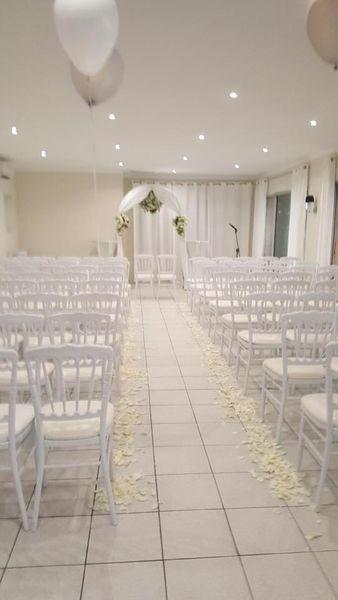 Villa Simone Salon avec chaises en théatre