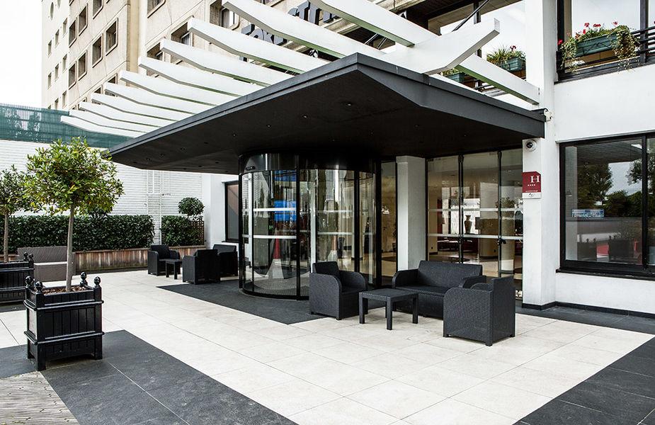 Hôtel Forest Hill Meudon Vélizy **** Entrée