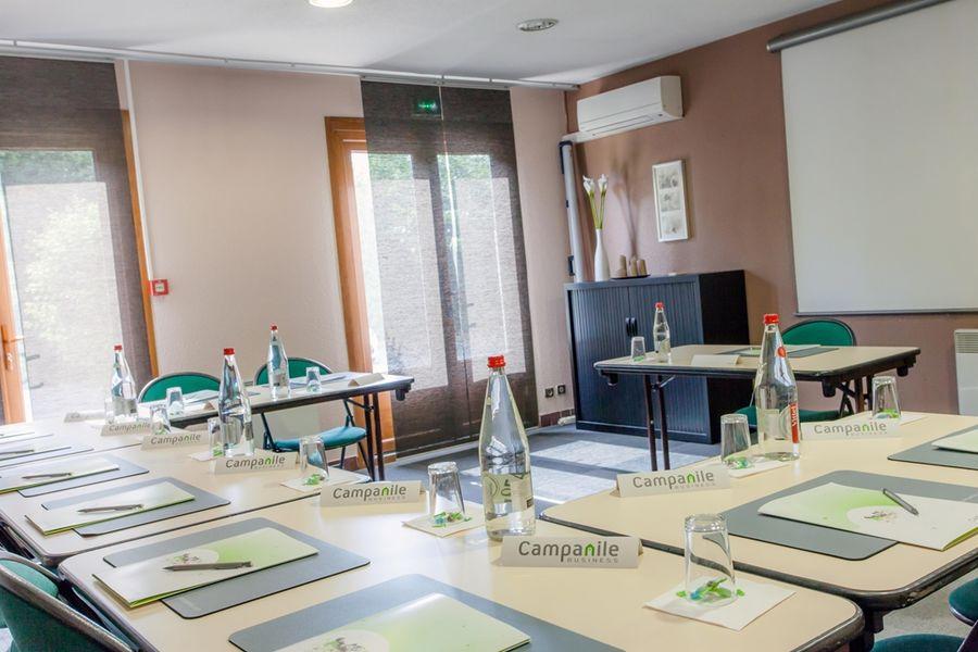 Campanile Montpellier Sud Salle de réunion