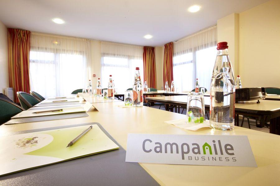Campanile Nîmes Centre Salle de réunion