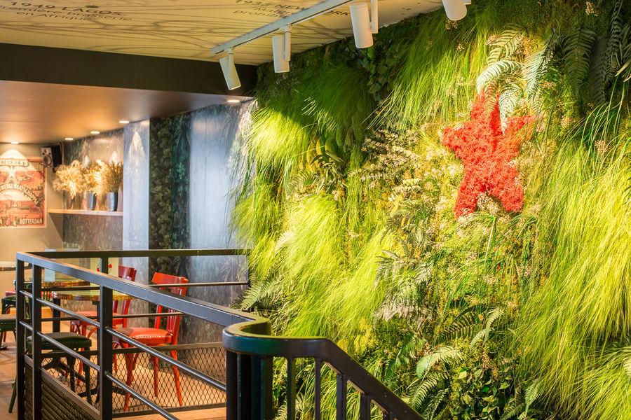 Le Café H  Mur végétal