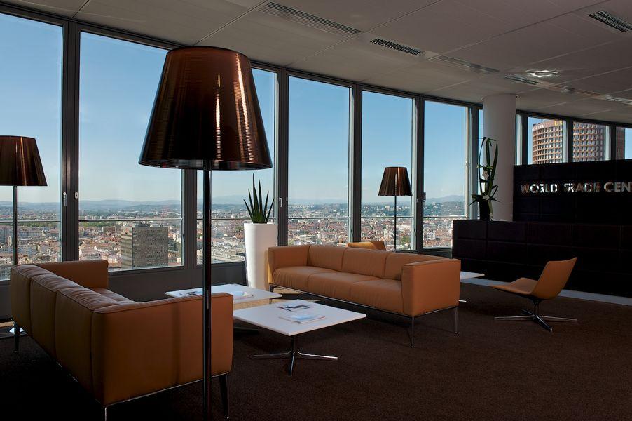 World Trade Center Lyon Accueil du World Trade Center Lyon (27ème étage)
