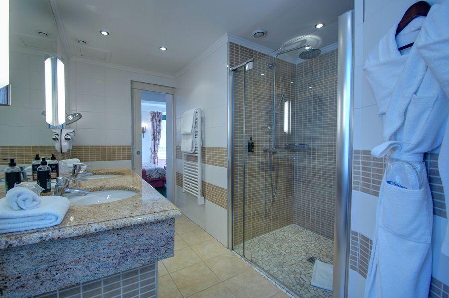 Najeti Hôtel de la Poste **** Salle de bain