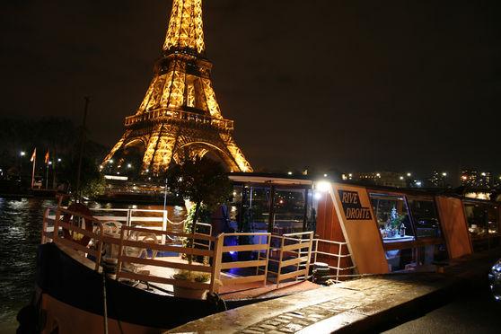 Une  vue inoubliable de Paris à bord de notre bateau le Rive droite au Trocadéro