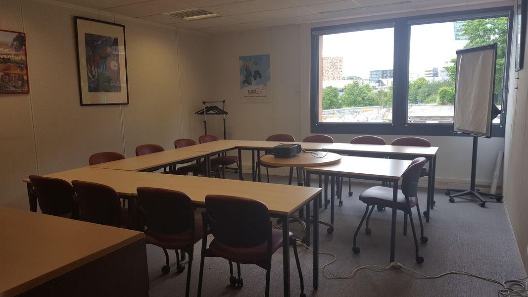 BURO CLUB Salle de réunion - SOUHAM