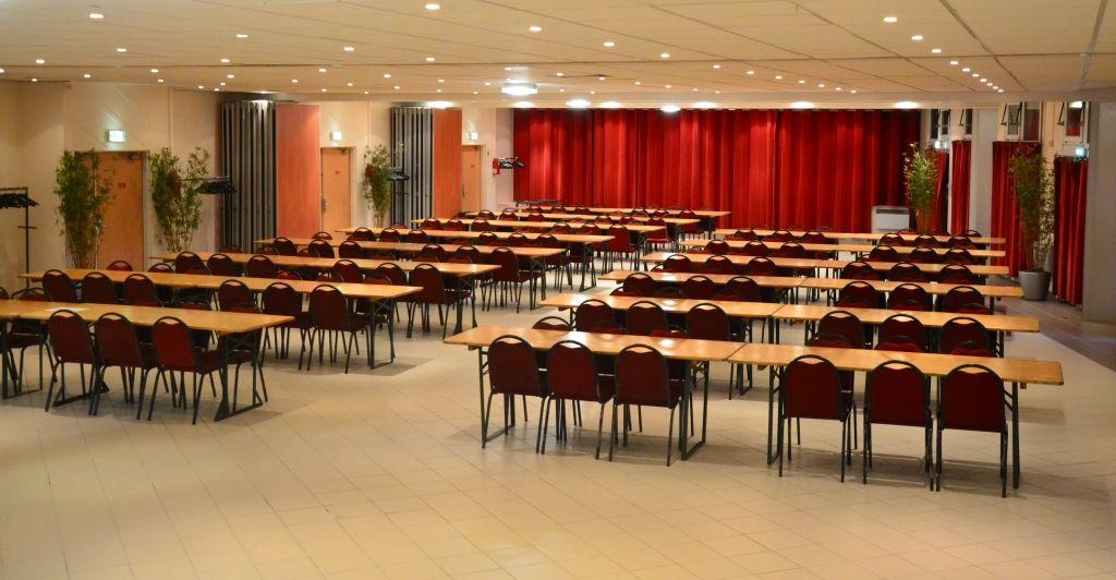 Espace événementiel Les Esselières Salon 1+2+3+4 en classe
