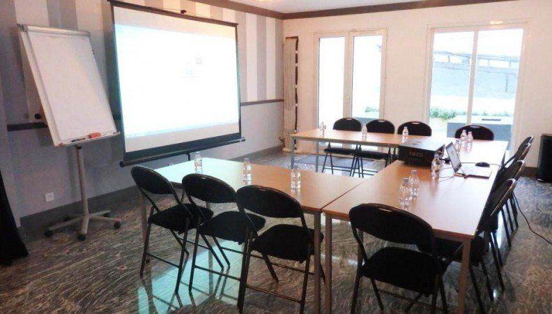 Epsilon Salle de réunion / réception