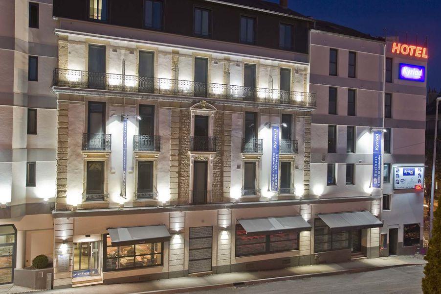 Kyriad Dijon Gare *** Façade de l'hôtel