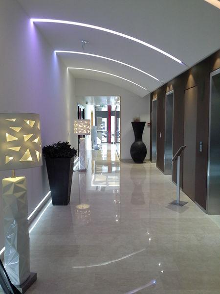 Espace Moncassin L'accès aux ascenseurs
