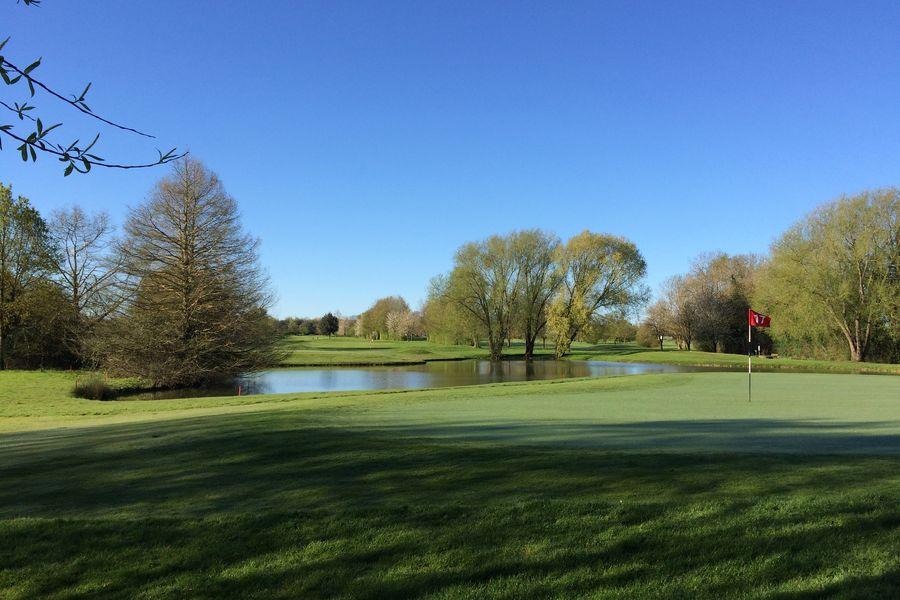 Golf Bluegreen Niort Parcours de Golf 18 trous