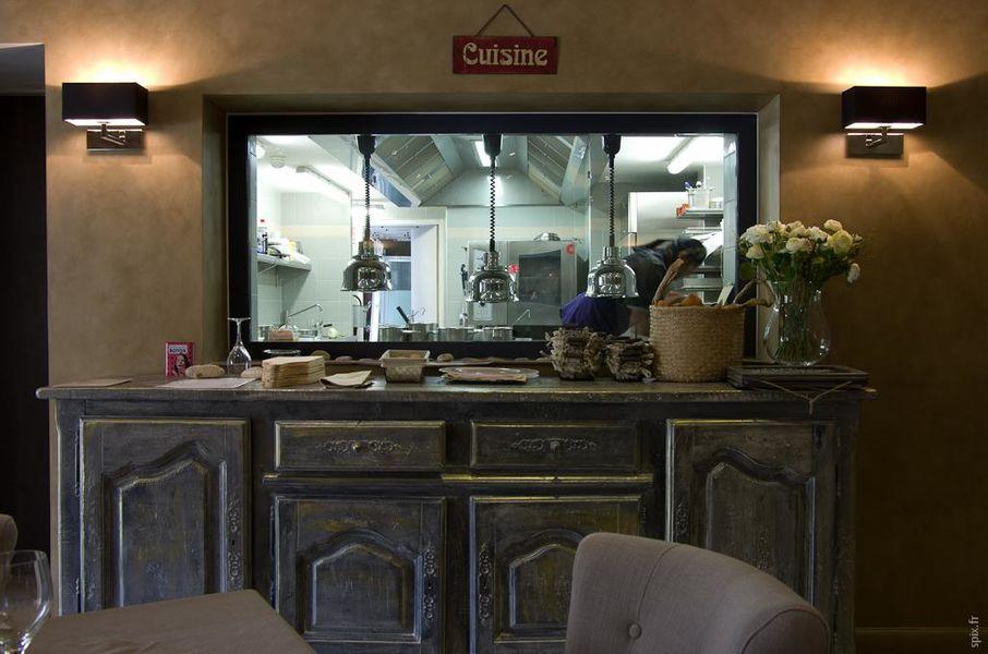 Charme & Business Hôtel Lyon **** Cuisine