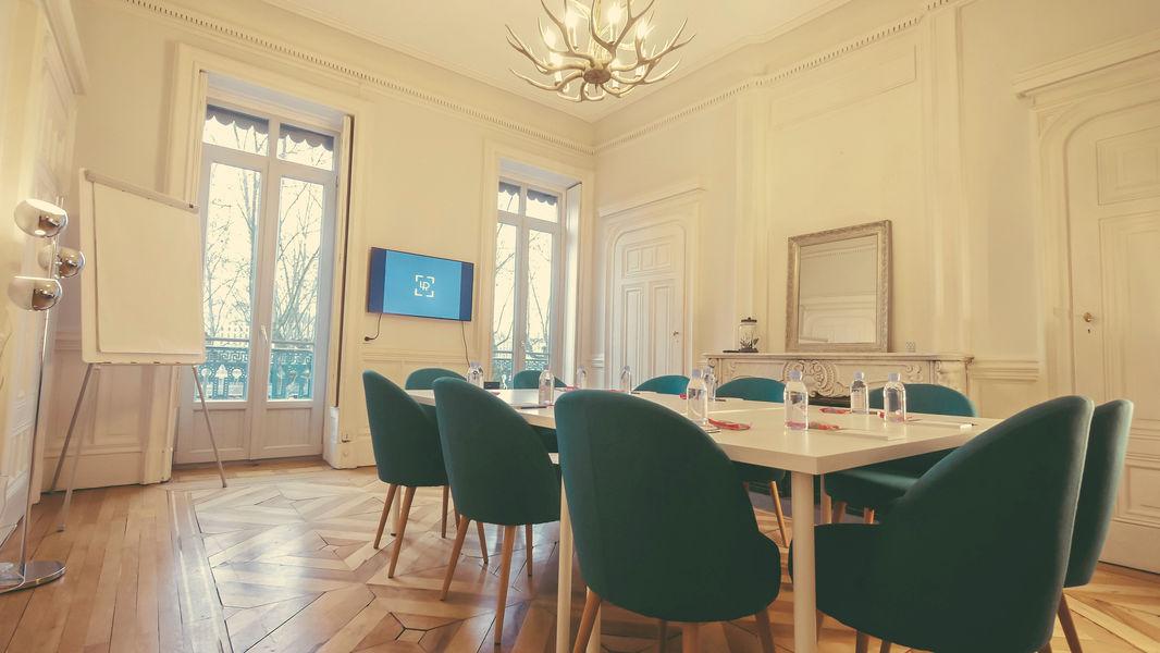 La Rive Lyon Study Room