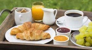 Gite Des Roties à PONCINS 42110 petit déjeuner