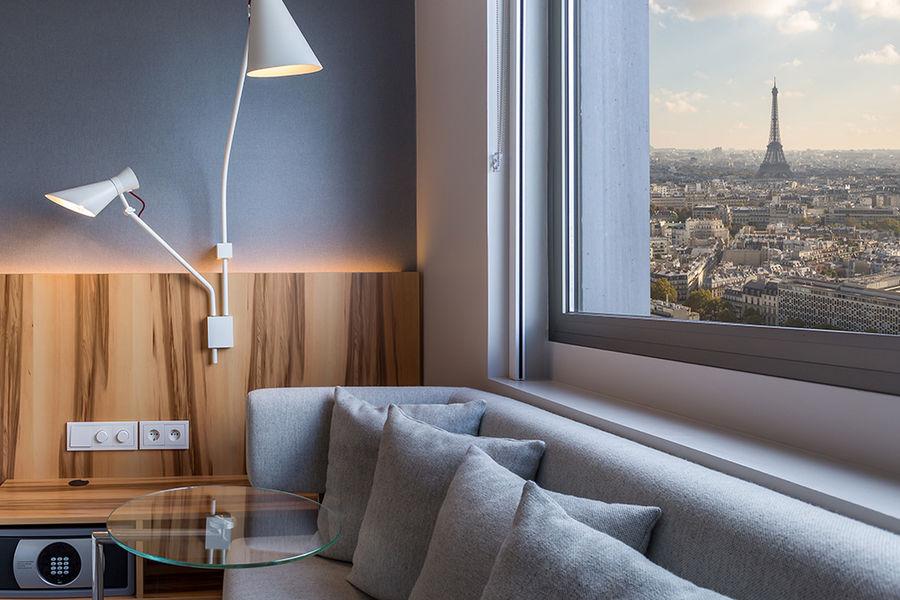 Hôtel Hyatt Regency Paris Étoile **** Coin canapé dans les chambres au dessus du 8ème etage