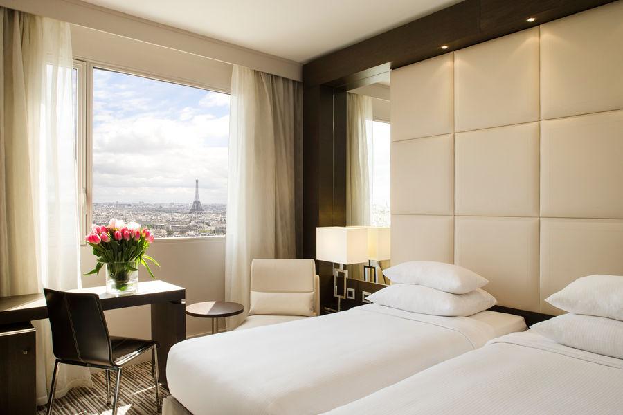 Hôtel Hyatt Regency Paris Étoile **** Chambre Standard Twin - Vue tour Eiffel