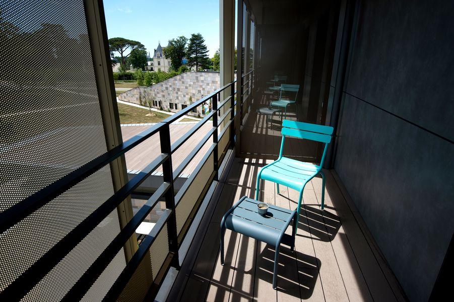 Maubreuil Séminaires 40 chambres avec terrasse et vue sur le parc