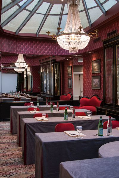 """Grand Hôtel de l'Opéra **** Salon Verrière en disposition """"Classe"""""""