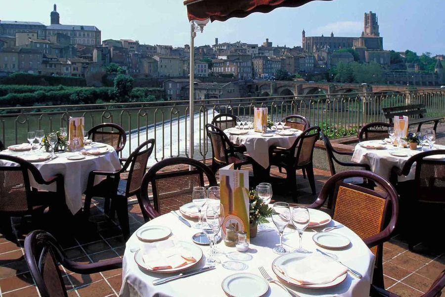 Hotel Mercure Albi Bastides **** Terrasse restaurant