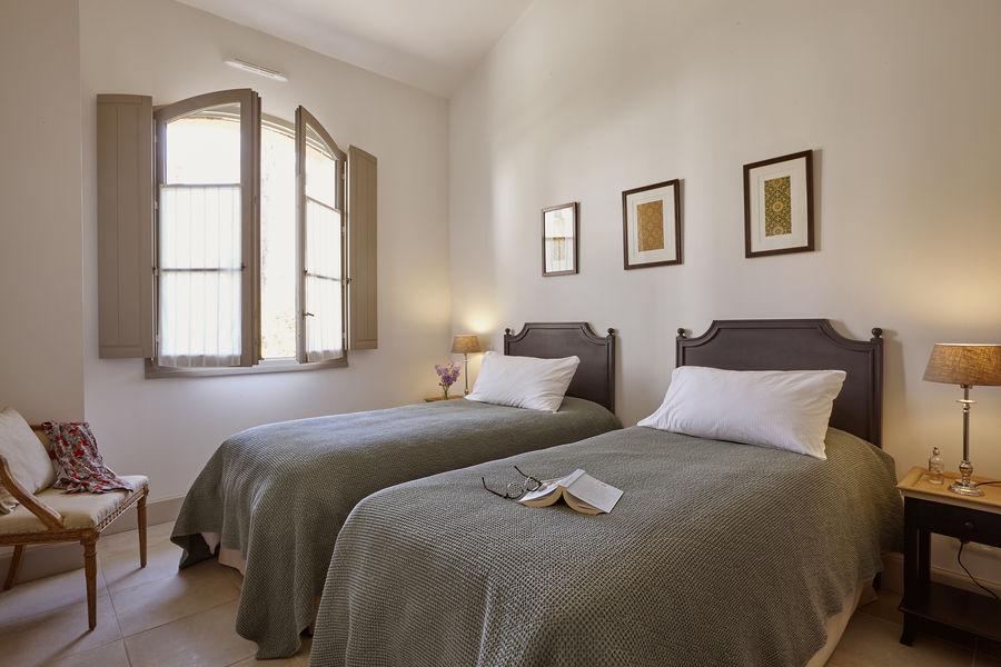Domaine St Pierre de Serjac Chambre twin en maison 2 chambres / 2 salles de bain