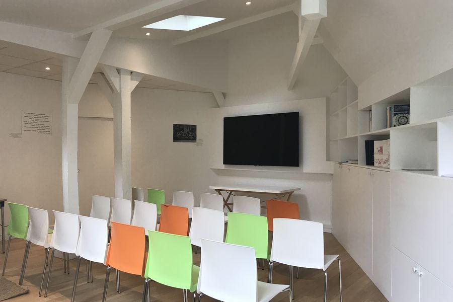Stillpoint Spaces Salle de réunion pour séminaire