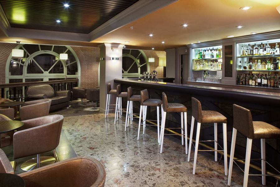 Crowne Plaza Toulouse Bar