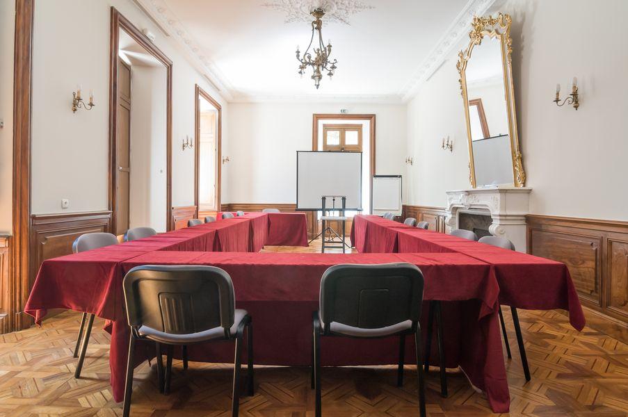 Le Rouret en Ardèche - Pierre & Vacances Salle de réunion