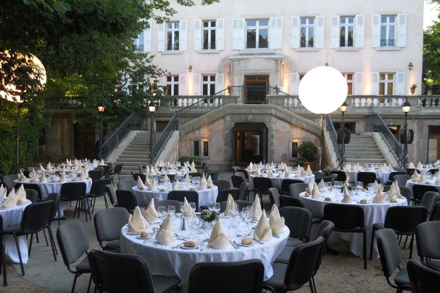Le Rouret en Ardèche - Pierre & Vacances Dîner de gala