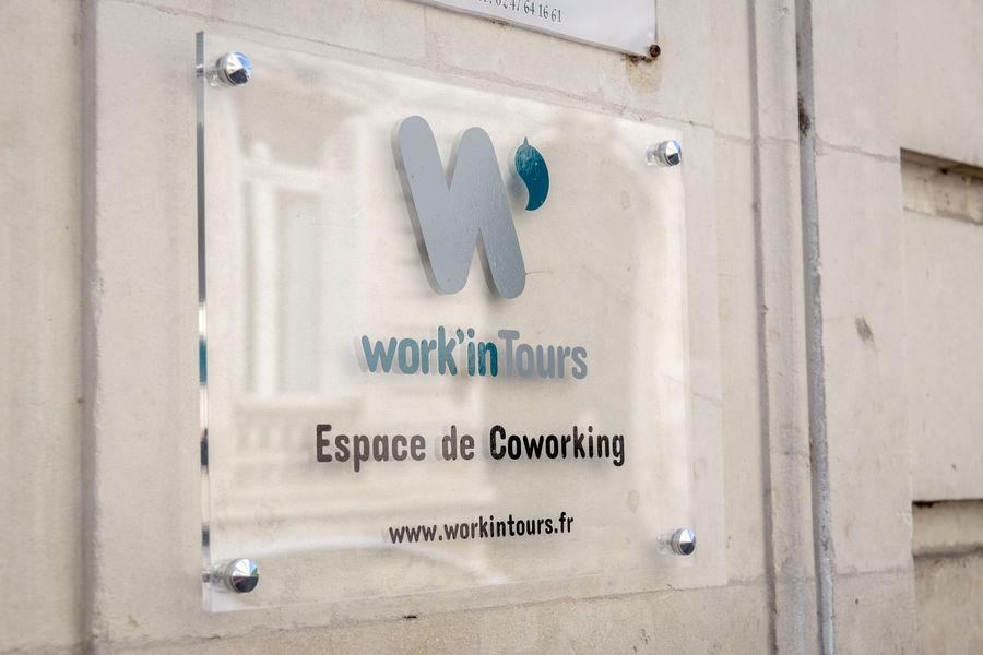 Work'in Tours Work'in Tours
