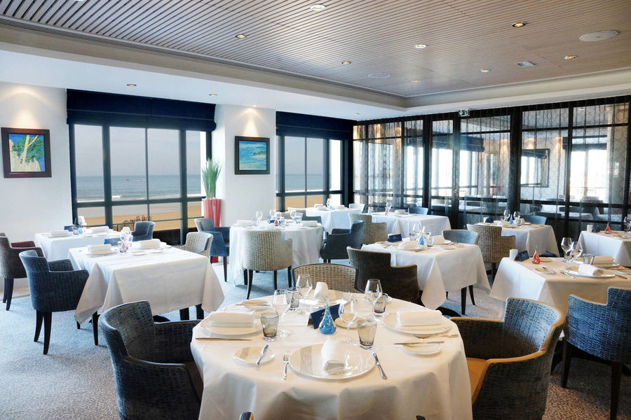 Hôtel & Spa Le Nouveau Monde**** Restaurant Les 7 Mers