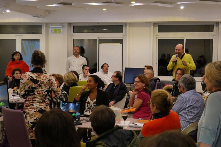 inno.centre Exemple d'une soirée animée chez inno.centre avec 50 personnes en îlots