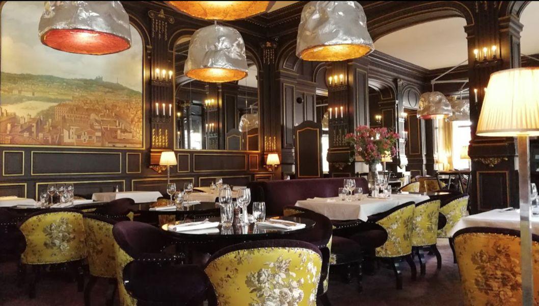 Restaurant L'institution Le restaurant intérieur