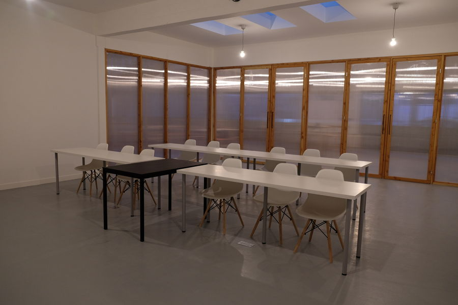Le 71 Conference Room #1