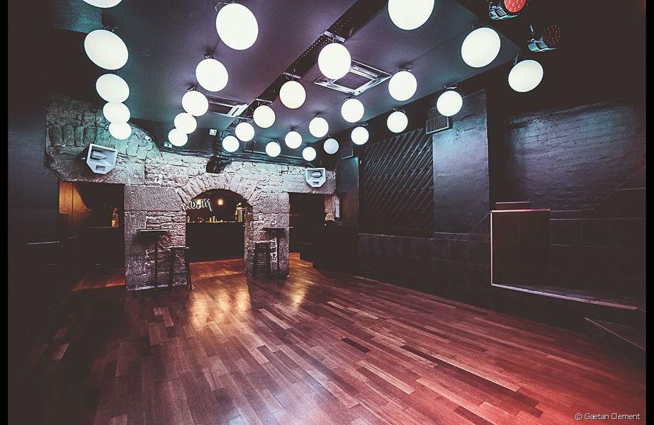 Away Hostel & Coffee Shop Cocktail - Privatisation salle du bas Groom