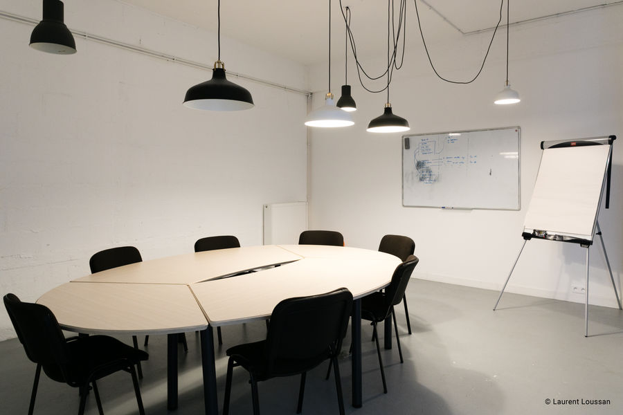 Le 71 Meeting Room #2
