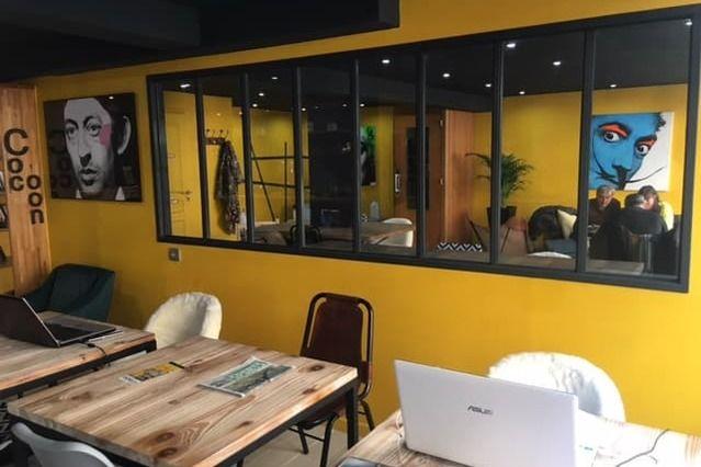 L'Usine Café & Coworking 8