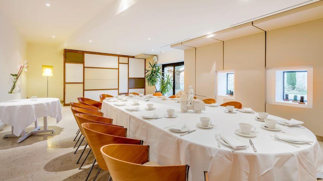 Château de Salettes salle de restaurant groupe