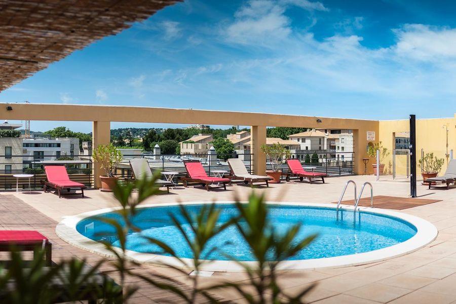 Avignon Grand Hotel Piscine