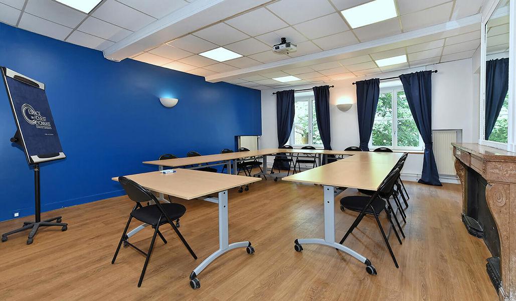 Espace de l'Ouest Lyonnais Salle de sous-commission en U