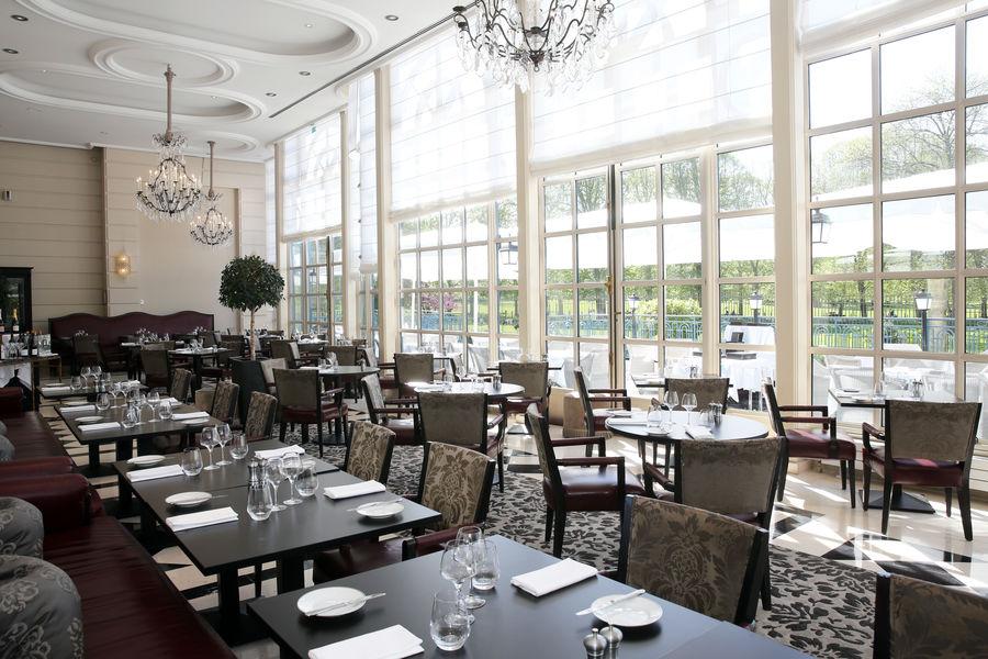 Waldorf Astoria Trianon Palace Versailles **** La Veranda by Gordon Ramsay