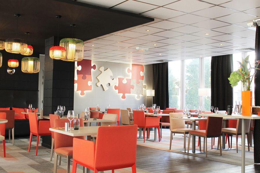 Hotel Mercure Marne la vallée Bussy St Georges Restaurant Le Puzzle - capacité maximum 88 personnes