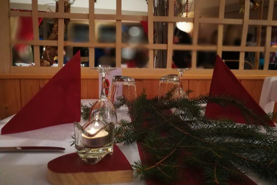 Hôtel Espace - Restaurant le Dormillouse Salle restaurant